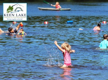 Keen-Lake-Child-Splashing